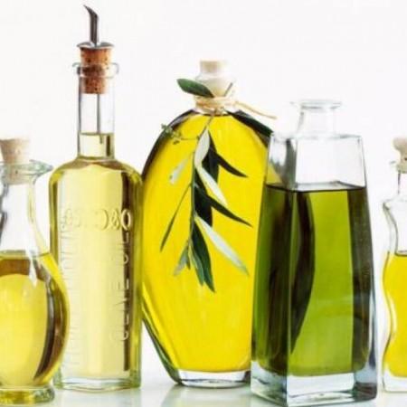 Sự khác nhau giữa dầu và tinh dầu