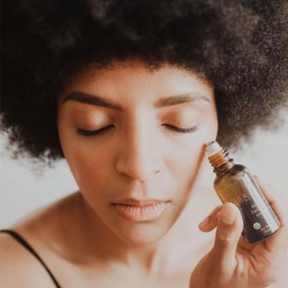 Serum sửa chữa, giữ ẩm & chống lão hóa hữu cơ Beauty By Earth 3