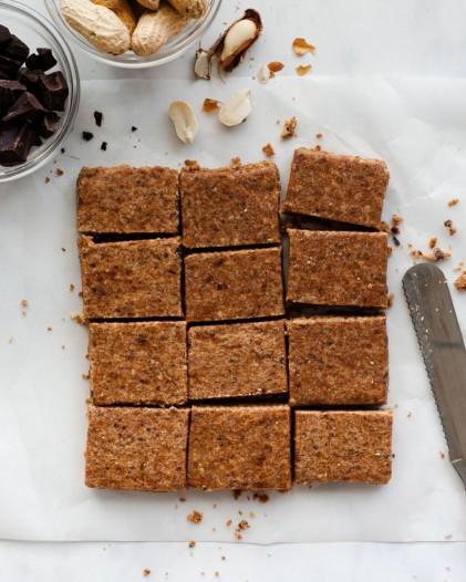 Thanh collagen peptide thủy phân từ cá & chocolate hạnh nhân Sproos Chocolate Almond Collagen Bar 4